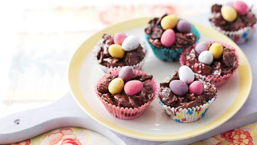 easter flake cakes